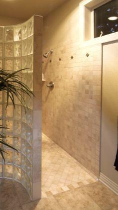 Walk in no door shower.