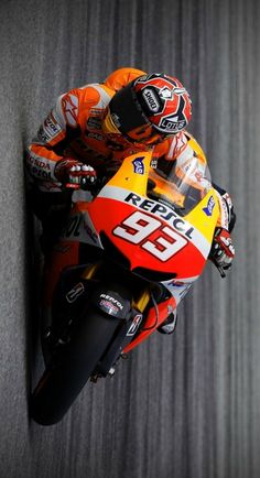 ◘ COFFEENUTS ◘ Marc Marquez, Motorcycle Posters, Motorcycle Art, Motorcycle Outfit, Racing Motorcycles, Super Bikes, Road Racing, Bike Photography, Cycling Bikes