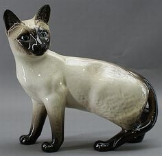 Beswick siamese cat figure