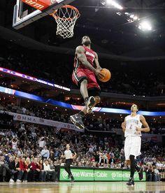 Lebron Dunk How can a man jump this high????