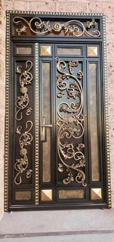 Grill Door Design, Gate Design, Door Entryway, Entrance Doors, Wrought Iron Doors, Main Gate, Front Entrances, Interior And Exterior, Interior Decorating