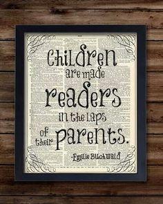 Children read in parents' laps