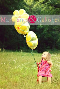 sweet 2 year old photo idea. Maybe blue Mylar balloons?