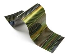 Striking another blow to the oil and gas industries, an American solar company has developed technology that can produce super-efficient solar power that's cheaper than fossil fuels. Rayton Solar's new solar panel manufacturing technology uses 50 to 100 times less silicon than other technologies, cutting out large amounts of the most costly component of solar panels