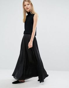 "Samsoe & Samsoe Nuit long skirt - Also available in cream colour - Model wears a UK S/EU S/US XS and is 175cm/5'9"" tall"