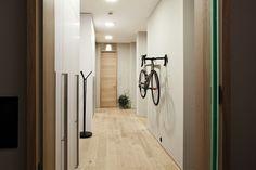 A unique experience by insidecor Squats, House Design, Architecture, Praha, Unique, Home, Arquitetura, Ad Home, Squat