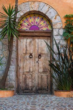 San Miguel de Allende, Guanajuato, Mexico - beautiful entry way with a pop of purple Cool Doors, The Doors, Unique Doors, Windows And Doors, Entry Doors, Porta Colonial, When One Door Closes, Contemporary Doors, Door Gate