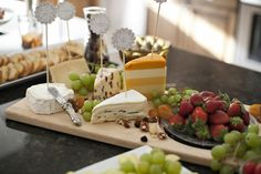 How to Craft the Perfect Cheese Tray for Any Party or Gathering!