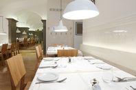 Plachutta Restaurant in Vienna Restaurant Bathroom, Cafe Restaurant, Cafe Bar, Dining Area, Table, Vienna, Furniture, Austria, Home Decor