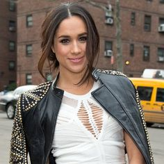 Meghan Markle's Ladylike Street Style Royally Wows Us: Meghan Markle's style is jaw-droppingly gorgeous.
