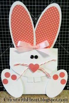 Cricut with Heart: Bunny Treat Holder  #CTMH