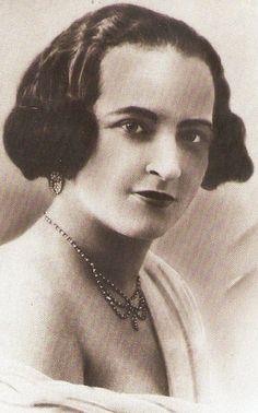 Léona Gabriel. Chanteuse martiniquaise.