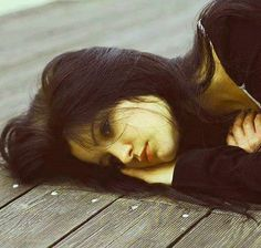 Breaking up is usually pretty hard to do no matter the situation. After a long relationship, people tend to play the field, but what… Breakup Picture, Love Breakup, Rebound Relationship, Long Relationship, Lovers Photos, My Photos, Sad Girl Quotes, Teddy Bear Images, Alone Girl