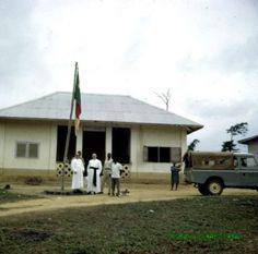 P.Eduardo Canals y P. Antonio Abaunza.Frontera Camerún al cruzar la frontera