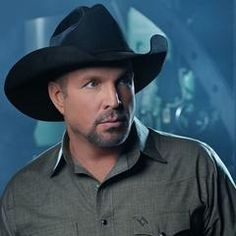 #GarthBrooks Welcomes New Child Life Zone at Children's Hospital #countrymusic