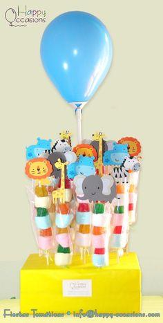Pinchos de masmelos y gomitas www.happy-occasions.com