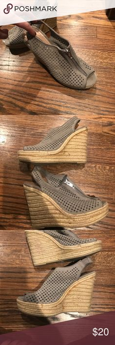 Steve Madden wedges Steve Madden gray wedges size 7.5, great condition Steve Madden Shoes Wedges