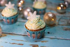 Christmas Cupcakes, Christmas Crafts, Muffin, Sweet, Advent, Food, Christmas Biscuits, Candy, Essen