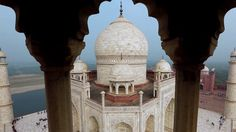 Avete mai provato a cercare su Google uno dei più decantati monumenti dell'#India?