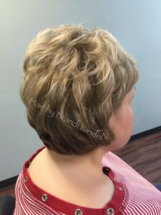 Spent the morning with my dear friend Shirley today ❤️ retouched highlights using Redken Flashlift 30V & Olaplex and added some 8NA lowlights, then finished with a tighter graduation in the back and an all over trim!