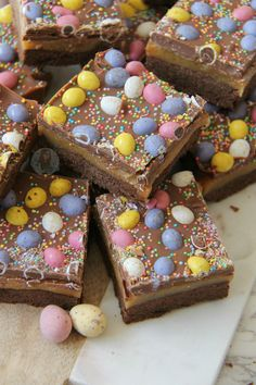 Buttery Chocolate Shortbread, Homemade Caramel, Milk Chocolate, and Micro Mini Eggs make the most delicious Easter Chocolate Millionaires Shortbread! So as its Easter season, I...