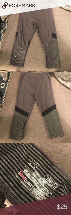 Under armor leggings Gray under armor leggings Under Armour Pants Leggings