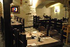 Main - mungakelder.ee Lamb Dishes, Turkey Dishes, Pork Dishes, European Kitchens, European Cuisine, Smoked Cheese, Smoked Beef, Prawn Sauce, Filet Steak