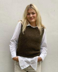 Ravelry: Stockholm Slipover pattern by PetiteKnit Tweed, Knit Vest Pattern, Bind Off, Stockinette, Ravelry, Knitwear, Knit Crochet, Creations, Pullover