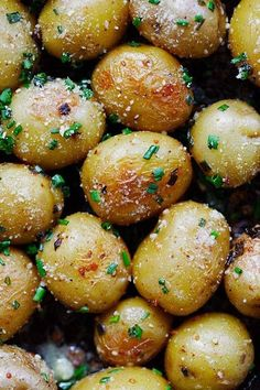 Garlic Chive Butter Roasted Potatoes - roasted baby potatoes with garlic, chives, butter and Parmesan cheese. The only roasted potatoes recipe you'll need. Baby Potato Recipes, Roasted Potato Recipes, Roasted Corn, Roasted Baby Potatoes, Potatoes In Oven, Baked Potatoes, Other Recipes, Side Dish Recipes, Dishes Recipes