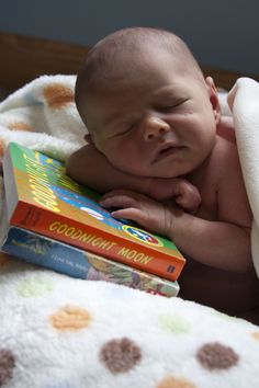 Newborn Pictures @Meredith Dlatt Sherman I think this pic would be great in black & white