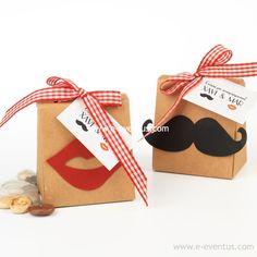 ideas · boda · casament · detalles · personalizados · barcelona · tienda de detalles de boda · botiga · detalls casament · diseño · convidats · invitados · regalo · piruleta · dulce · chocolate · lacasitos · chuche · osito · gominola · detalle · regalo · invitados · niños · niñas · letras · etiqueta · nombres · novios · diseño · novios · personalizado · hijos · papel maché · camisetas · colores · diseño · chocolate · blanco · negro · leche · arroz inflado · dulce · detalle · piruleta