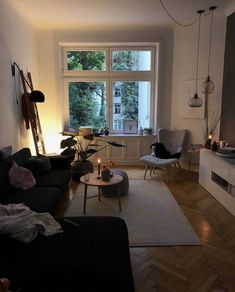 You want the space to reflect your personal style without feeling cluttered and … - Decoration, Room Decoration, Decoration Appartement, Home Decor, Bedroom Decor Apartment Decoration, Small Apartment Decorating, Decorating Apps, Living Room Decor, Living Spaces, Room Interior, Interior Design, Design Design, Sweet Home
