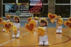 24 Finał WOŚP Tuliszków 2016, Taniec przedszkolaków Toddler Learning Activities, Music Activities, Fun Activities For Kids, Games For Kids, Fun Classroom Games, Phonics Videos, Sports Day, Dance Choreography, Talent Show