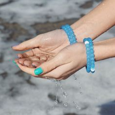 Did you know, feeding our world takes 90% of our freshwater withdrawals? Help us make a difference, buy a blue lokai!