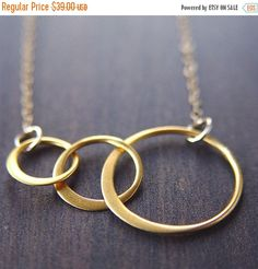 ON SALE Interlocking Circle Gold Necklace by friedasophie on Etsy