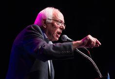Sanders closes gap with Clinton in CNN poll - USA TODAY #Sanders, #Clinton, #Politics