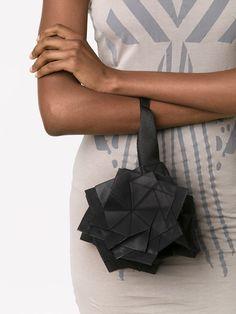 Issey Miyake Small Origami Clutch - Anastasia Boutique - Farfetch.com