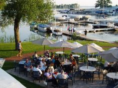 List of waterfront dining around WI. Of note are a couple in Door County and Minoqua.