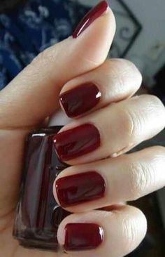 Repinned: Dazzling dark nails!