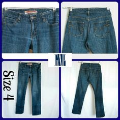 "Sz 4 Gap  Curvy Straight Leg, Stretch Excellent Condition, Medium Wash ...No stains or rips, wear | 99% Cotton, 1% Spandex  | Measurements | Waist 30"", Inseam 31"" 