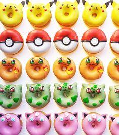 Kawaii Food - Vickie Liu et ses donuts Pokemon Pokemon Cupcakes, Pokemon Torte, Pikachu Cake, Pokemon Themed Party, Pokemon Birthday Cake, 8th Birthday, Cute Baking, Cute Donuts, Donuts Donuts