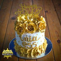 Golden Flower Pull Out Money Cake 30th Birthday Cake For Her, Birthday Money, 60th Birthday Cakes, Mother Birthday, Money Cake, Golden Flower, Dessert Buffet, Cake Art, Cake Designs