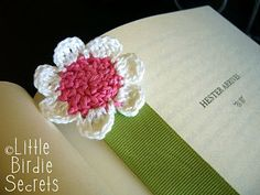 Seven-Petal Crochet Flower (yes I have a thing about crocheted flowers!)
