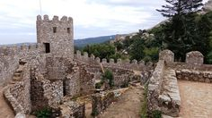 Castle of the moors in Portugal - Next Trip Tourism Portugal Tourism, Tower Bridge, Cool Watches, Barcelona Cathedral, Monument Valley, Castle, Around The Worlds, Museum, Travel