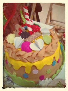 Porta torta rivestito in pannolenci