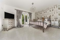 Dixons Bank, Marton-In-Cleveland, Middlesbrough - 6 bedroom detached house - Manners & Harrison
