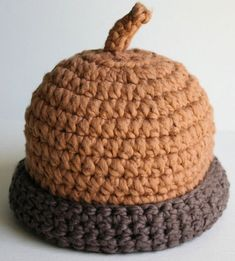 Organic Cotton Crochet Baby Hat Acorn by adriennekinsella on Etsy Crochet Kids Hats, Crochet Beanie, Cute Crochet, Crochet Crafts, Crochet Projects, Knitted Hats, Knit Crochet, Loom Knitting, Knitting Patterns
