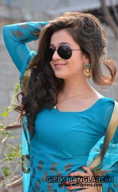 55 summer Sunglasses for Women Fashion Beautiful Blonde Girl, Beautiful Girl Indian, Most Beautiful Indian Actress, Beautiful Girl Image, Beautiful Hands, Stylish Girl Images, Stylish Dp, Beautiful Bollywood Actress, Beautiful Actresses