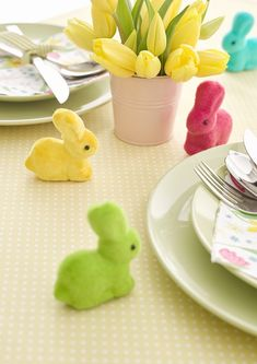 "Decorate your Easter table with this family of Easter bunnies! Purchase includes a set of 5 Each flocked bunny comes in a different rainbow color Bunny height: 2.3"" Not suitable for children under 3 years of age Easter Table Settings, Easter Table Decorations, Decoration Table, Spring Decorations, Easter Decor, Easter Ideas, Preschool Crafts, Easter Crafts, Easter Bunny"
