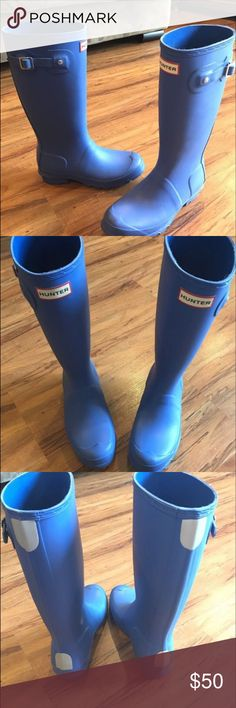 Hunter Rain boots These have been worn a handful of times and are still in great condition.  They're size 35 in kids.  I wear a 6 in women's and they fit me. Hunter Shoes Winter & Rain Boots